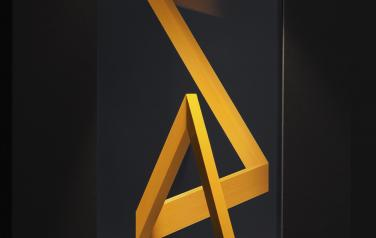 Angle of reflection, Painted wood, display, video, light.  120x86x30 cm.